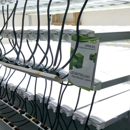 Product Endurance Test LED tri-proof Batten Lights